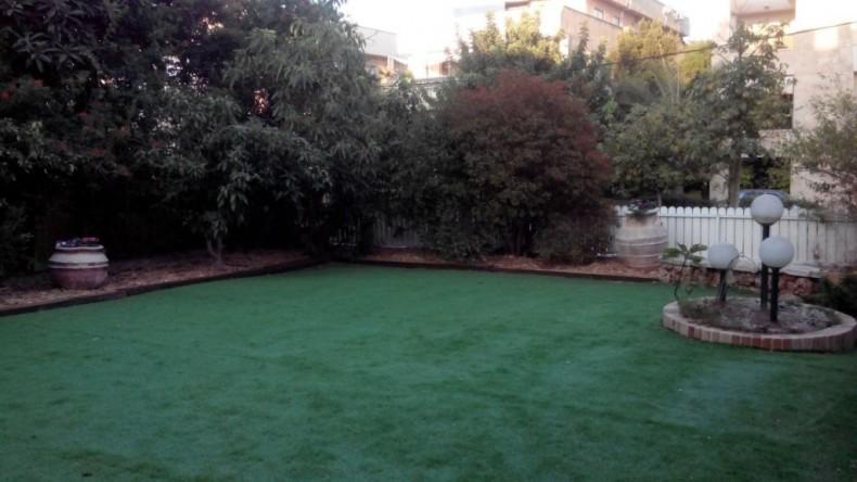 רעיונות מקוריים לשילוב של דשא סינטטי