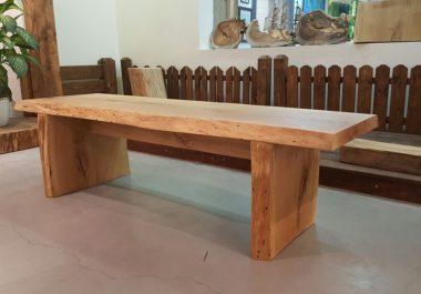 ריהוט מעץ מלא, ריהוט מעץ טבעי, ריהוט עץ, שולחן עץ מלא