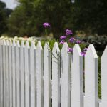 גדרות עץ לעיצוב הגינה